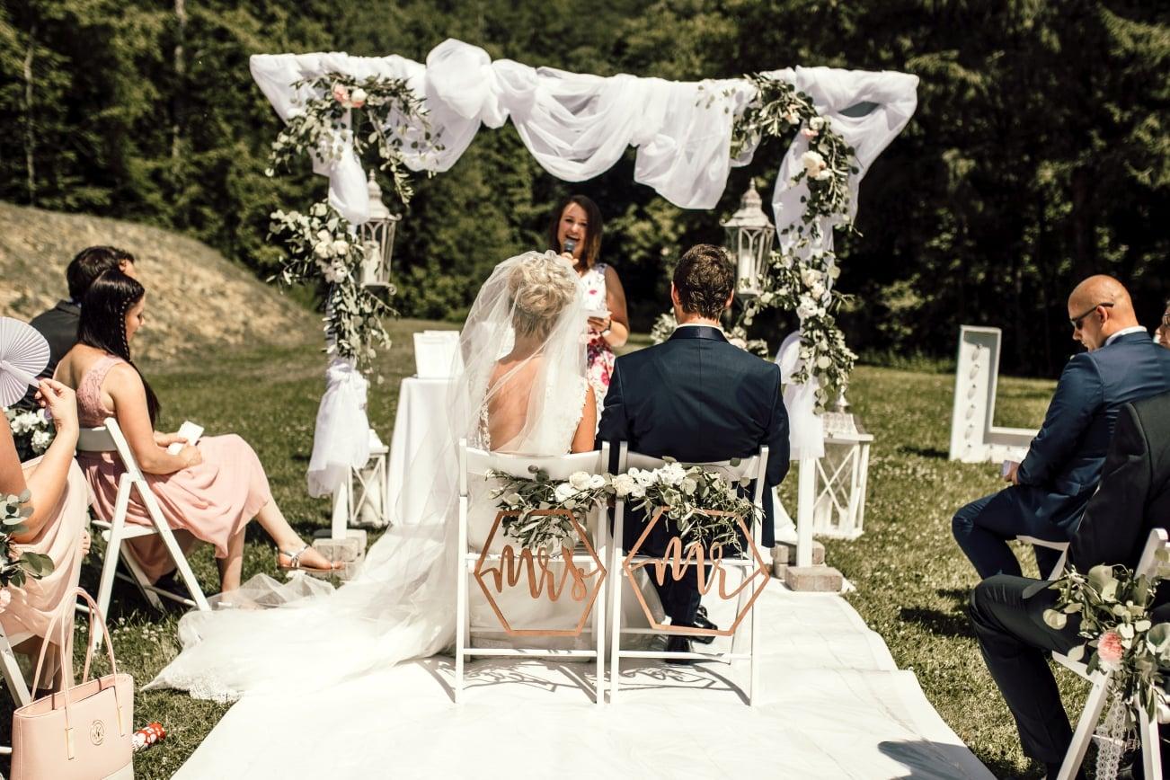 Zeremonie, Hochzeitsrednerin